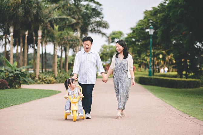 Sandra-&-Kenny-family-photo-hk-02