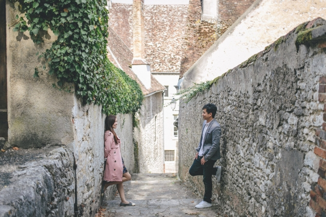 paris-pre-wedding-engagement-photo-location-provins-034